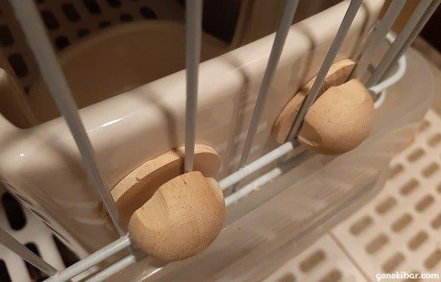 ウッドネジのワッシャーを柵の内側に入れる