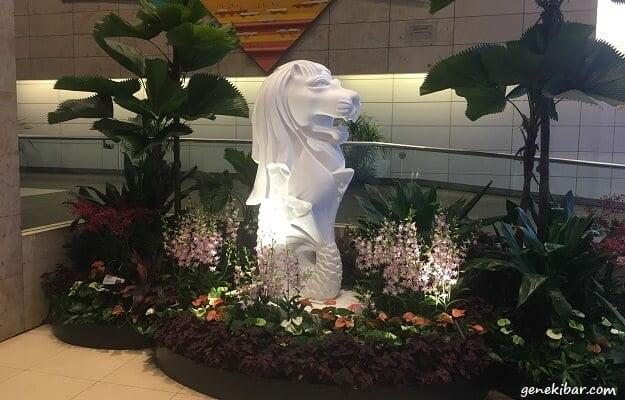 チャンギ国際空港のマーライオン