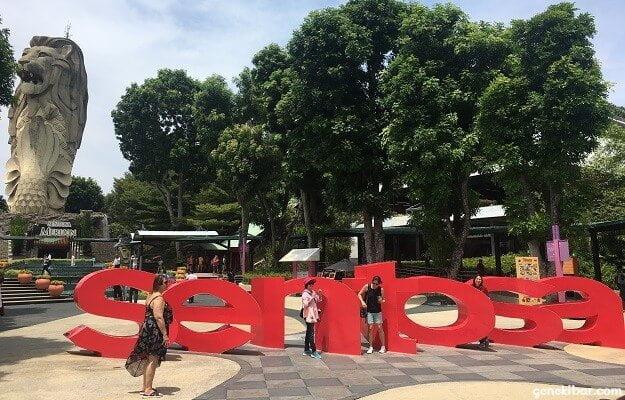 セントーサ島、マーライオン広場