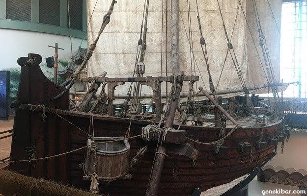 交易に使われた木造帆船