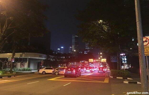 シンガポールの止まらないタクシー