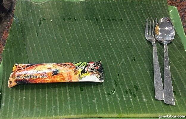 バナナリーフアポロの食器とバナナの葉