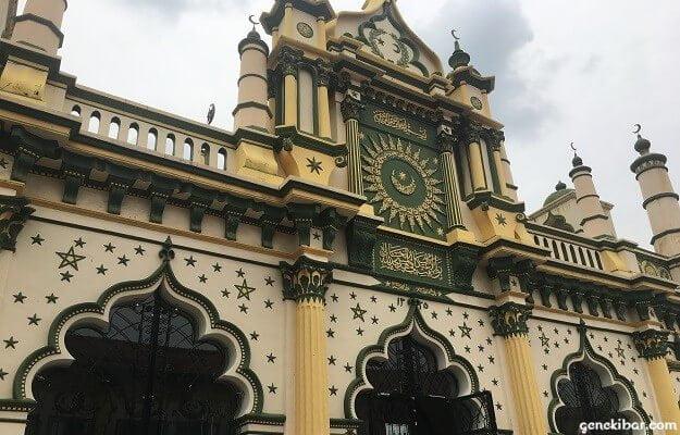 アブドゥルガフールモスクの正面