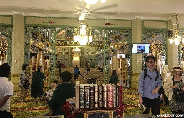 サルタンモスクの中