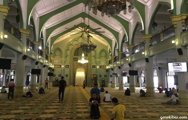 サルタンモスクの礼拝堂