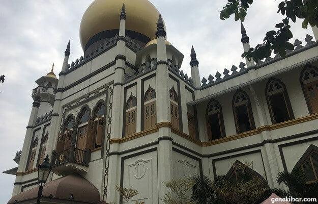 サルタンモスクの外観