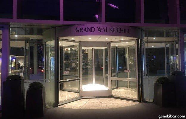 パラダイスカジノ・ウォーカーヒルの入り口