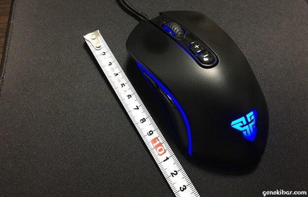 Ginova X9 ゲーミングマウスの大きさ