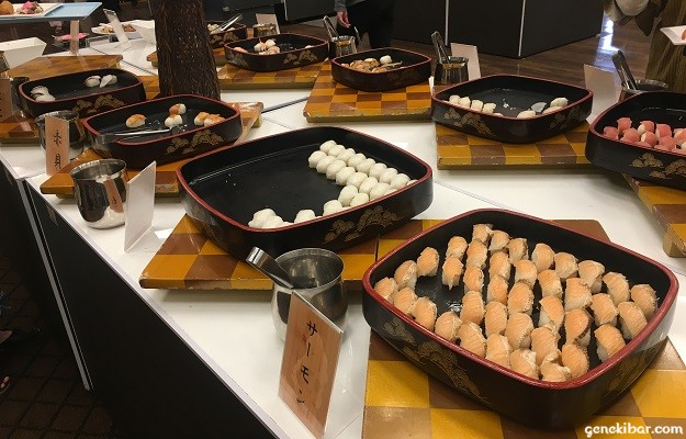 サーモンなどの寿司