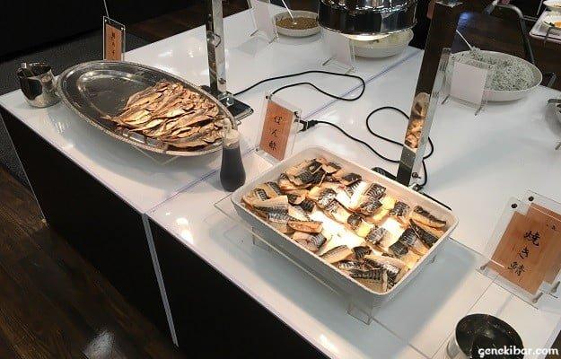 焼き鯖などの魚